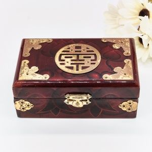Small Vintage Asian Jewelry Box